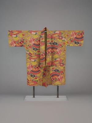 黄地松皮菱繋ぎ檜扇団扇菊椿文紅型胴衣