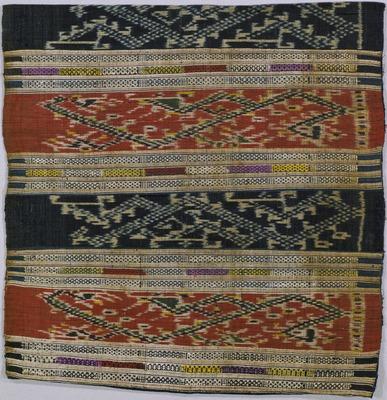ナーガ文様絣紋織腰衣
