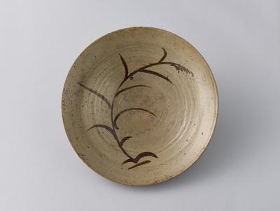 銹絵芦図大皿