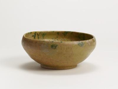 灰色地二彩木葉文鉢