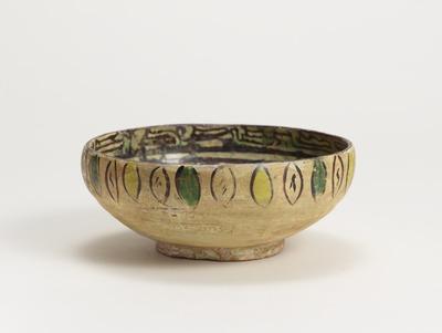 三彩花文鉢